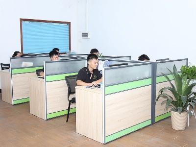 鼎拓数控-办公环境